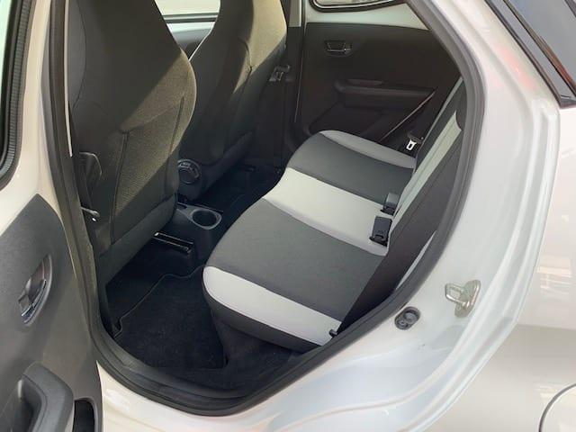 Toyota TOYOTA AYGO II 1.0 VVT-I X-PLAY 2015 5P - Image 17